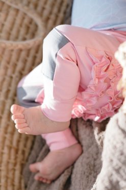 Pink baby ruffle pants for kids - baby girls